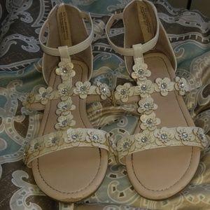 Girls flower sandals